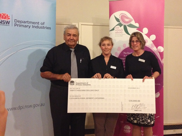 Accepting the  sponsorship cheque for $30,000 from NSW Department of Primary Industries is Mayor John Seymour (Coolamon Shire Council) and Nicole Lucas (Chair of the Coolamon Rural Women's Gathering Committee). The cheque was presented by Dr Alison Bowman, Director - Productivity & Food Security Research at NSW DPI.